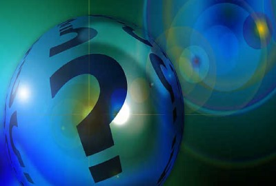 Image of sphere with question marks signifying the need for project risk analysis.